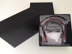 slušalice bluetooth u crnoj kutiji-poklon