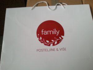 Dotisak logotipa na papirnatoj vrećici