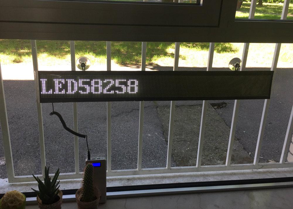 led display za roll up ili izlog