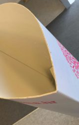 Kartonski stalak 3