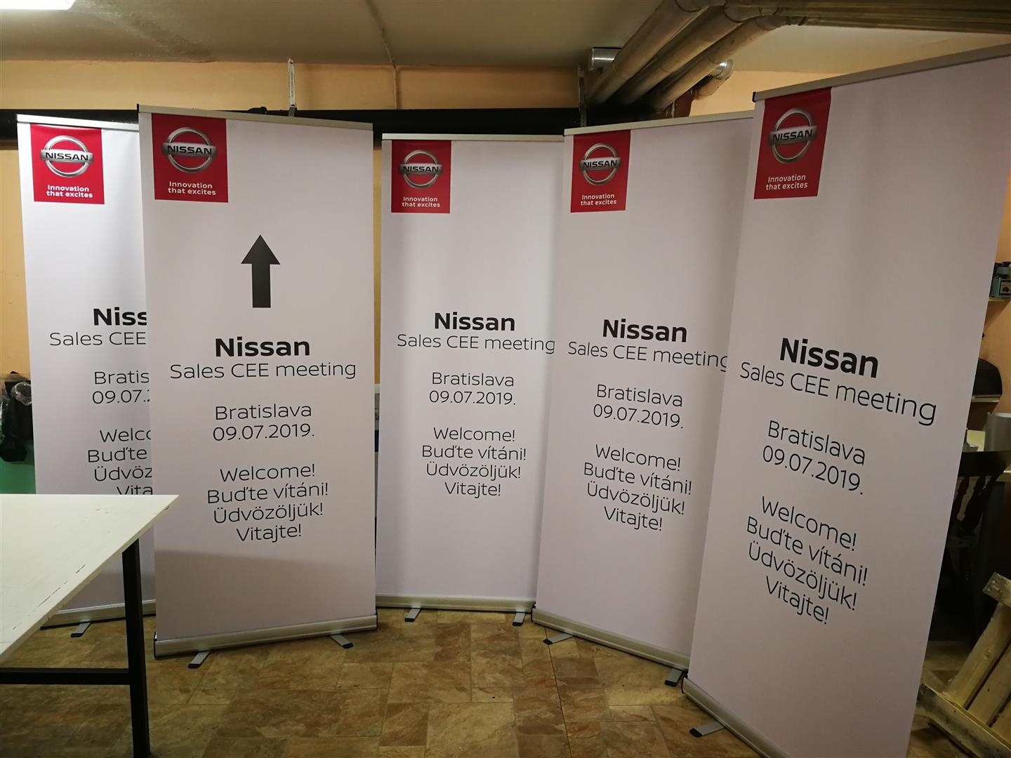 Roll up - Nissan