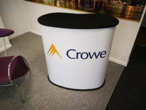Promo pult premium - Crowe