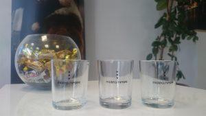 Tampon tisak na čaše - Matea Nesek