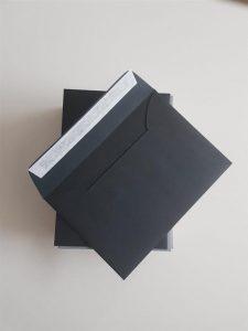 Crne kuverte
