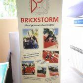 Roll up - Škola Brickstorm